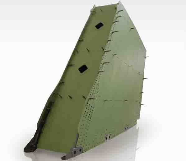 c919飞机垂尾与机身连接强度试验件-01